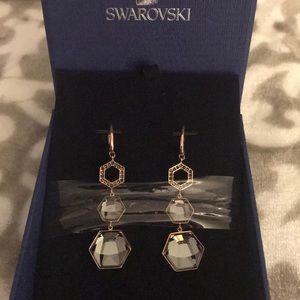 Swarovski NWT Vision Pierced earrings.  SINI/JET